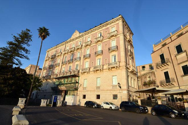 デス エトランジェス ホテル & スパ(Des Etrangers Hotel & SPA)